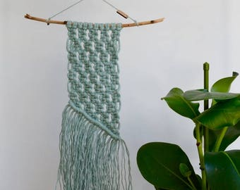 Mint macrame wallhanging (jute)