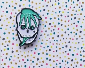 Soft enamel skull pin - Jasper