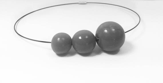 Necklace Necklace Black wood with 3 different sized beads in gray