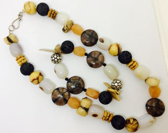 Natural stones chunky statement bracelet et collier