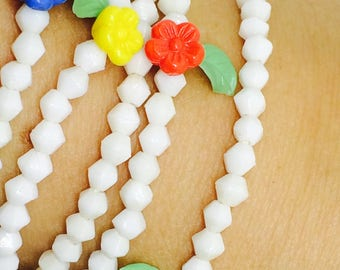 Collier vintage glass beads and flowers!!