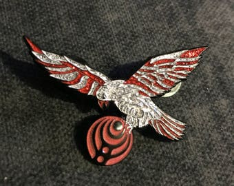 NYE Falcon Pin GLITTER