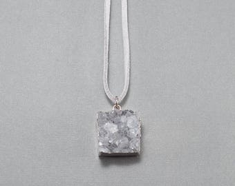 Druzy Pendant Faux Suede Necklace