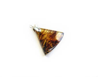 amber pendant / rich yellow stone with maple brown texture / pyramid shape / mexican amber