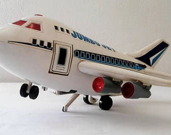Jumbo Jet 1988 Vintage aircraft. Toy collection.