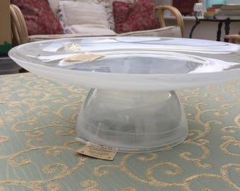 Alabaster swirl glass cake stand