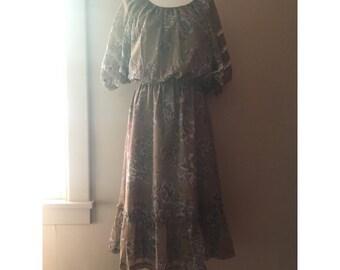 Pleasant Peasant Dress