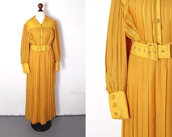 70s Pleated Yellow Maxi Dress / Size M / Medium / Full Length / 1970s / Sunshine Yellow / Maxidress / Belted / V-Neck Collar