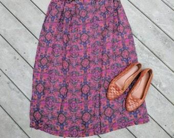 "90's Vintage Paisley Midi/Maxi Skirt, 30.5"" Waist"