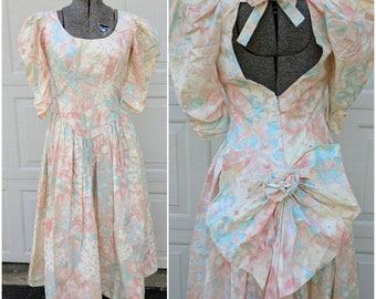 Vintage 80's/90's Pastel Princess Style Dress || 80's High Puff Shoulder Dress || Tea Party/Day Dress || 80's Bridesmaid Dress
