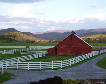 The Peaceful Barn, 4x6, 5x7, 8x10, picture, art, red barn, barn art, barn phtotography, West Virginia, rustic