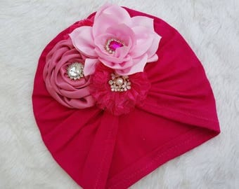 Turban with flowers hot pink