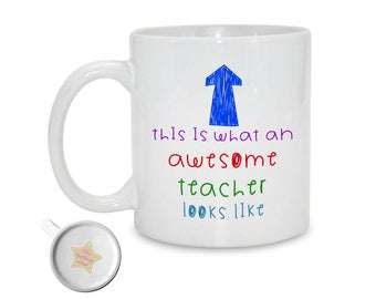 This Is What An Awesome Teacher Looks Like  - Mug | School Leaving Gift | Teacher Appreciation | Thank You Teacher