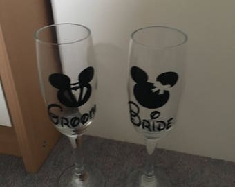 Disney mickey mouse  Bride and groom disney champagne flutes wedding glasses Mickey and Minnie Mouse