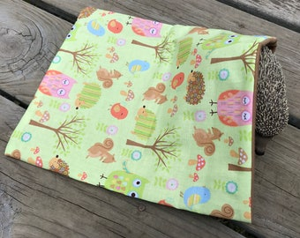 Hedgehog Cotton Basic Sleeping Bag - Lime  Woodland