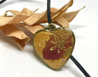 Red Leaf Necklace -  Heart Necklace - Colorado Leaves - Autumn Jewelry - Fall Necklace - Colorado Gift - Natural Necklace - Gold and Red