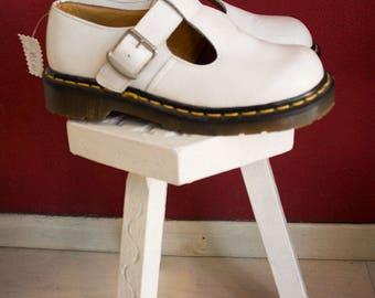 Vintage Made in England DR MARTENS size 4