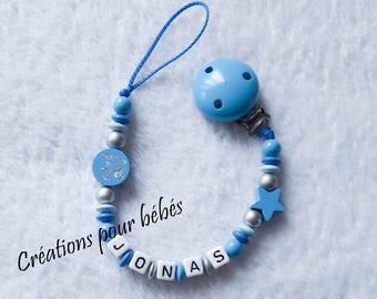 """Boy personalized pacifier clip with wooden beads """"I love Daddy / I love Mommy"""""""