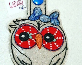 Cute owl with bow Key Snap Tab Embroidery Design 4X4 size. Animal Key fob