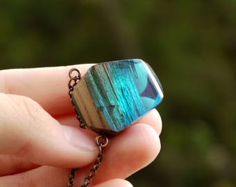 Resin jewelry wood Resin pendant Gift 5th anniversary Wooden jewelry Wood resin necklace Ocean lover gift Resin wood for wife Nature jewelry