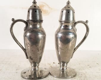 Solid Pewter Farmhouse Kitchen Salt and Pepper Shakers/Quaker Shaker Pewter Set of Salt and Pepper Shakers/Shabby Chic Pewter Set of Shakers