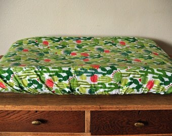 Cactus Changing Pad Cover - Cactus Cover - Green Nursery - Baby Boy - Baby Girl - Cactus Diaper Change Cover - Cactus Fabric
