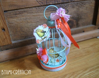 Contraption to turquoise/pink/orange birds