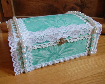 White and blue/green jewelry box