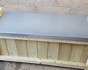 Wooden Galvanized Steel Storage Bench