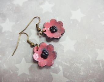 Effect flowers earrings pink speckled blue enamel