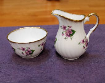 Elizabethan Bone China Creamer and Open Sugar Bowl