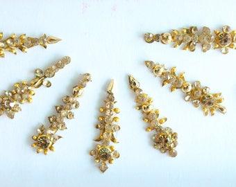 15 Gold Bindis Pack/Festival Face jewels Bindis,Bridal Wedding Long Bindis Stickers, Gold Bindis,Gold Bindis,Self Nail Art Sticker
