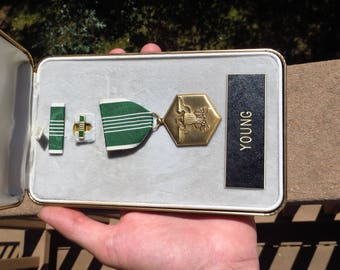 Vietnam Era US Government Military Army Commendation Medal w/ Case
