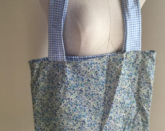Lightweight Floral Tote