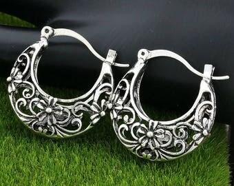 25mm Gorgeous Filigree Hoop Earrings