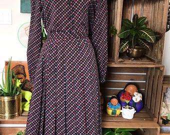 Vintage Women's 'Jaeger' 3 Piece Suit | Checkered | 100% Wool | Pleated Skirt | Blazer