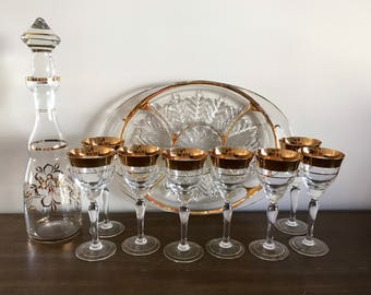 Vintage Gold Trim Barware | Decanter, Wine Glasses and Serving Tray | Mid Century Glass | Wedding Decor | Hollywood Regency Barware