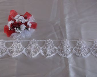 White Pearl Beaded Border Lace