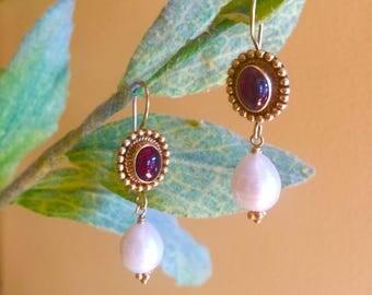 Vintage Garnet Pearl Earrings