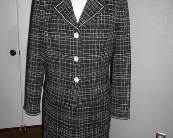 Caslon women's petite suit black & white checkered size 12