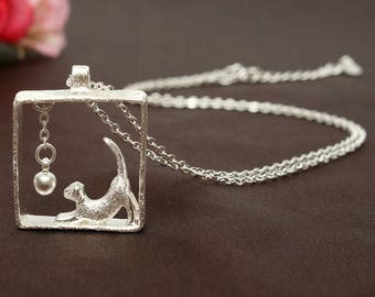 """925 Sterling Silver """"Cat playing with a ball""""  Pendant Necklace"""