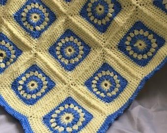 Pram blanket in patch work design