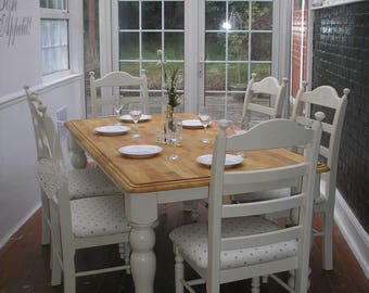 Stunning shabby chic table and chairs