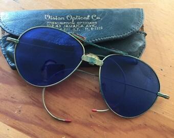 Vintage Aviator glasses & leather case - 1960's