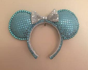 Blue & silver miracle beads Minnie ears