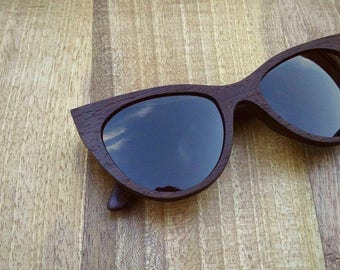 Handcrafted wooden eyewear, handmade wooden sunglasses, CRAFT Catty - 100UV protection, spring hinges, microfiber cloth