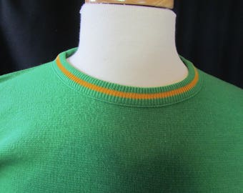 Brentwood (large) vintage Sweater, green, plain, St. Pat's, bright green, holiday sweater, pullover, 1960's, retro, crewneck, EN68