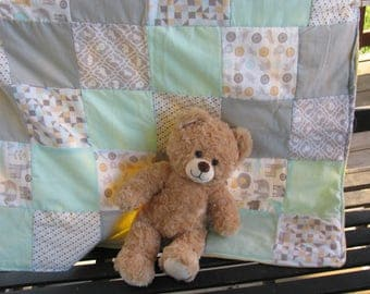 Animal Themed Baby Quilt