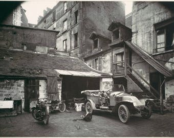 "Here is a beautiful Eugène Atget photograph ""Court Street in Valencia"" taken in Paris"