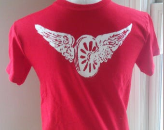 1924 Vintage Wings T Shirt Small